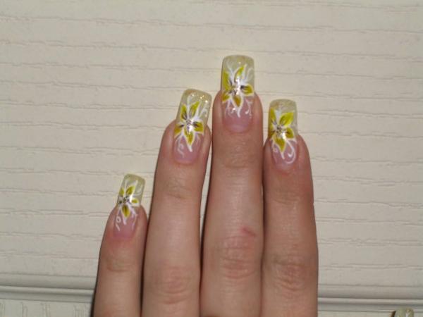 Дизайну ногтей и эскизы маникюра